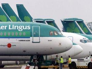 Uçakta başka yolcuyu ısırdı: Hayatını kaybetti