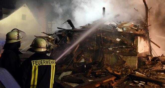 Almanya'da göçmen işçilerin kaldığı binada yangın çıktı