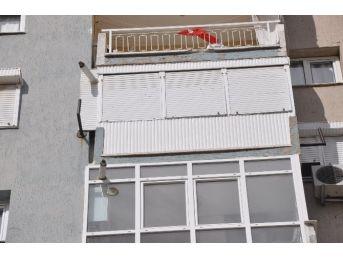 Yedinci kattan düşen çocuk hastanede öldü