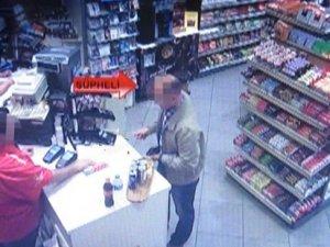Asitli saldırının şüphelisi kamerada