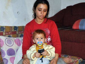 Balıkçıların kurtardığı minik Muhammed Hasan annesine kavuştu