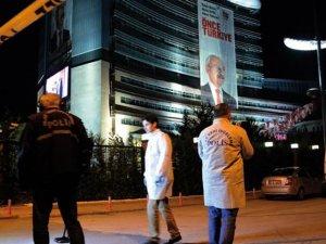 CHP Genel Merkezi'nde kurşun