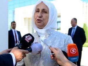Melek İpek: Ben kendi kepçemle orayı yıkacağım!
