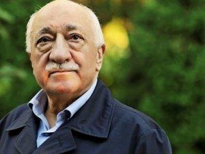 """Fethullah Gülen aranan """"teröristler"""" listesine eklendi"""
