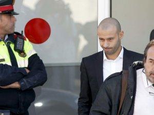 Mascherano, vergi kaçırdığı yönündeki suçlamaları kabul etti