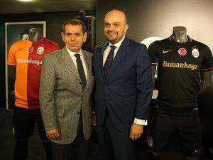Galatasaray, Dumankaya ile sponsorluk anlaşmasını imzaladı