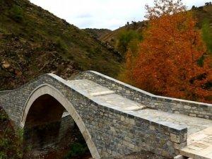 Tarihi Şadyan Köprüsü'nde restorasyon