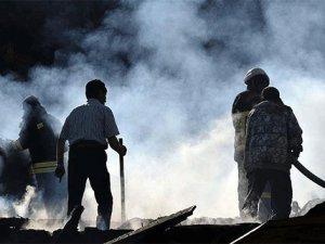 Halk pazarında yangın: 15 ölü