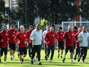 Galatasaray, Benfica maçı hazırlıklarını sürdürdü