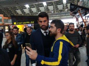 Fenerbahçe, Ajax maçı için Hollanda'ya gitti