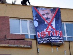 Alperen Ocakları, 'istifa' pankartı haberini yalanladı