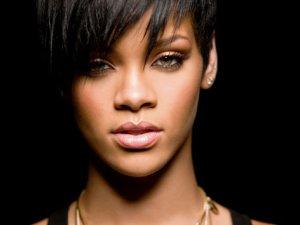Rihanna hayranlarına büyük müjde