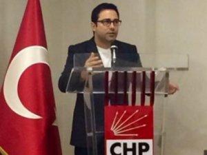 Atilla Taş CHP'ye üye oldu