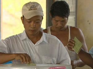 Myanmar'da seçimleri muhafelet kazandı