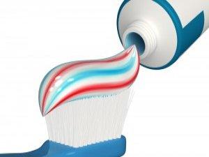 Diş sağlığı için pahalı diş fırçası