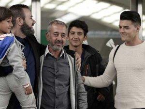 İspanya ilk mülteci grubunu kabul etti