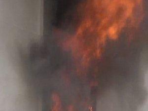 Aksaray'da çıkan yangında can pazarı