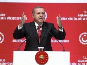 Erdoğan: 'Cumhuriyeti savunurken Osmanlı'yı reddedemeyiz'