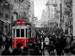 15 milyon liralık bütçe ayrılan İstiklal Caddesi yenileniyor