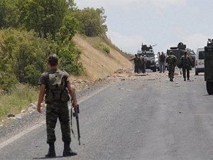 Mardin'de polis aracına saldırı: 1 polis yaralandı