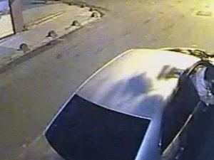 Lüks otomobilli hırsızlar otobüsün deposundaki mazotu böyle boşalttı