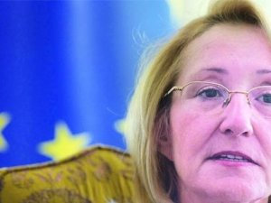 """AB Bakanı Dedeoğlu: AB'den bir komiser yardımcısı """"Mülteci krizinde ilerleyin, raporu yumuşatalım"""" dedi!"""