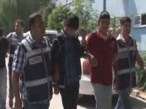 Adana'da küfür cinayeti