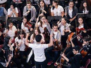 Maddi durumu kısıtlı 5 bin çocuğa müzik eğitimi verildi