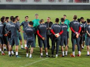A Milliler Katar maçına hazır