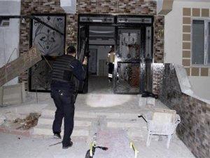 IŞİD'in hücre evine baskın: 4 polis yaralı