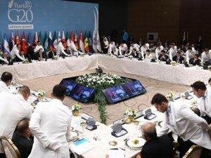 G20 yemeğinde senkronize servis