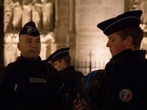 Paris'te ölenlerin sayısı 129 olarak duyuruldu