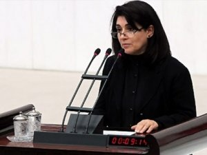 24 yıl aradan sonra.. TBMM'de Leyla Zana krizi