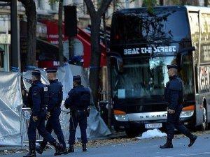 Paris'in kuzeyinde polis operasyonu sırasında çatışma çıktı