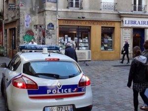 Fransa'da bir öğretmen IŞİD sempatizanları tarafından bıçaklandı