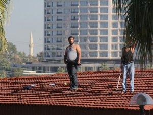 Kaçak kafeterya yıkımında pompalı tüfekle karşılık verdi