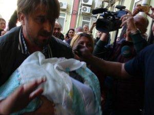 Çanakkale'de kaçırılan bebek bulundu