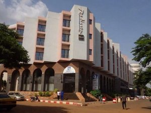 Mali'de otel baskını: 170 kişi rehin alındı
