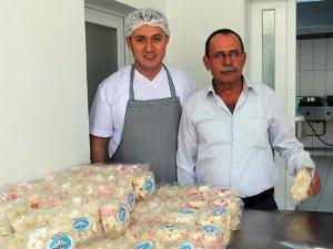 Dört kuşaktır el yapımı şeker üretiyorlar