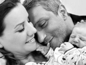 Esra Erol ikinci kez anne oldu