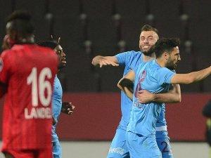 Trabzonspor son dakikada 3 puanı aldı