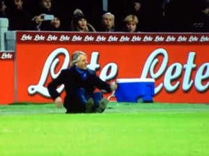 Mancini yine tepetaklak