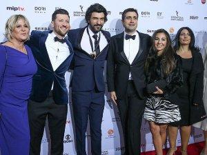 Uluslararası Emmy Ödülleri sahiplerini buldu