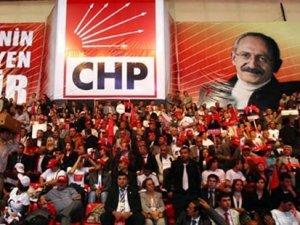 CHP'de kurultay tartışmaları sürüyor