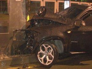 Kaza yapan sürücü hastaneden kaçtı