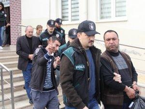 Bursa'da uyuşturucu operasyonu: 20 gözaltı
