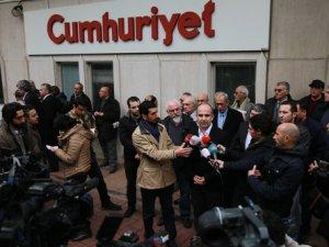 Abdülhamit Bilici, Cumhuriyet Gazetesi'ni ziyaret etti