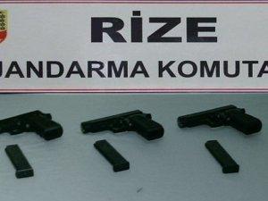 Rize'de silah ve uyuşturucu operasyonu