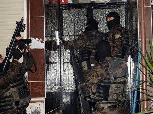 İstanbul'da terör örgütü operasyonu: 10 gözaltı