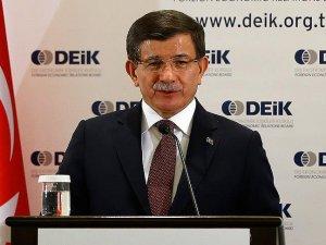 Başbakan Davutoğlu, Azerbaycan'da iş dünyasının temsilcileri ile bir araya geldi